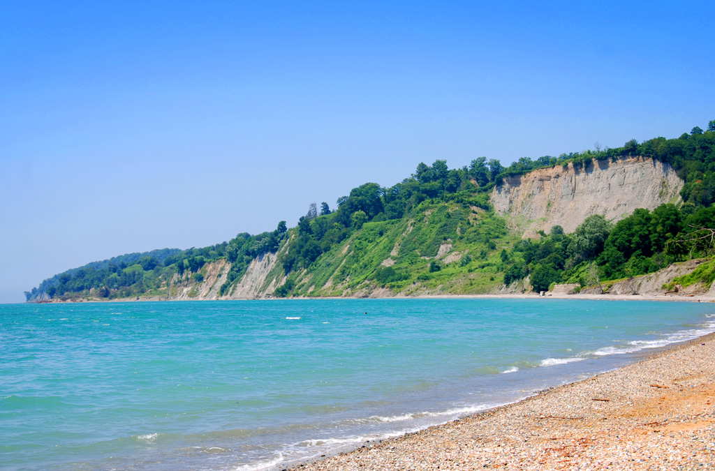 гудаута.пляж.jpg